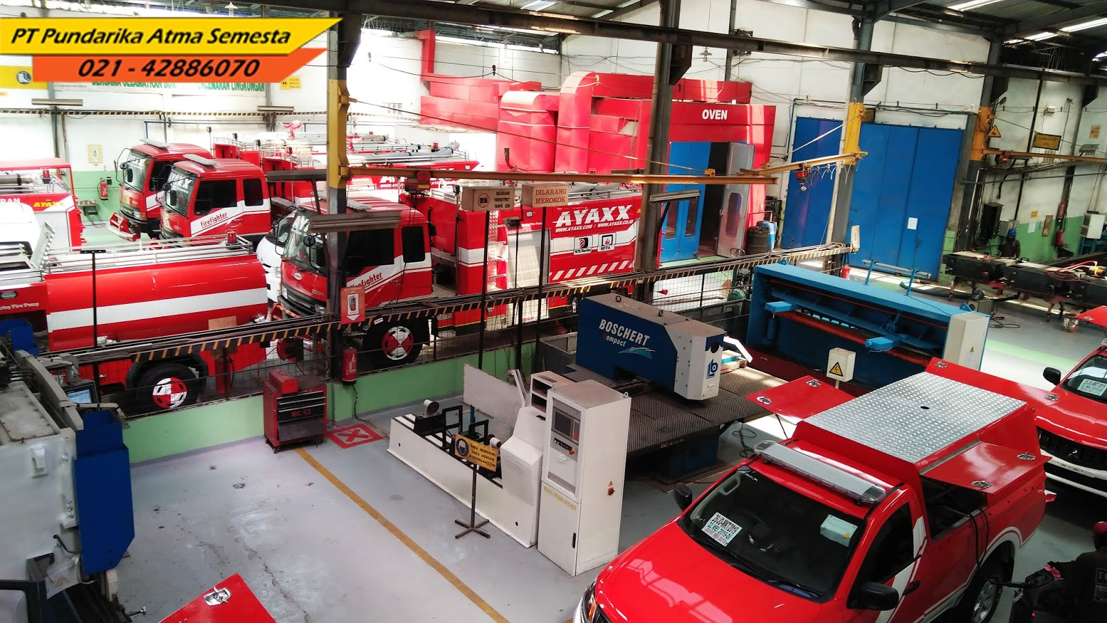 Get acquainted with the AYAXX fire truck from Indonesia.